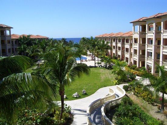 Infinity Bay Spa And Beach Resort Honduras Reviews