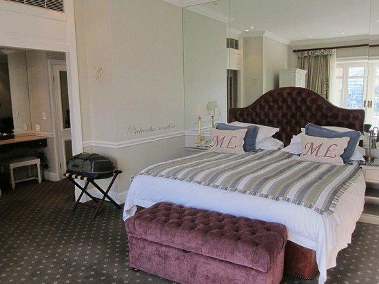 Cape Grace:                   Bed