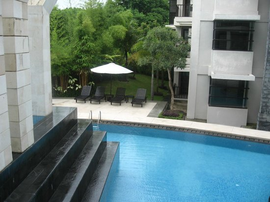 Park Hotel Nusa Dua :                   Lower level swimming pool