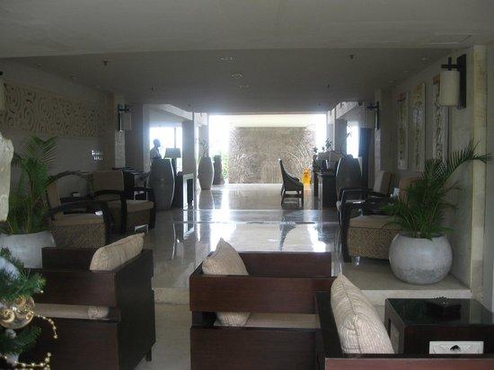 Park Hotel Nusa Dua:                   Lobby area
