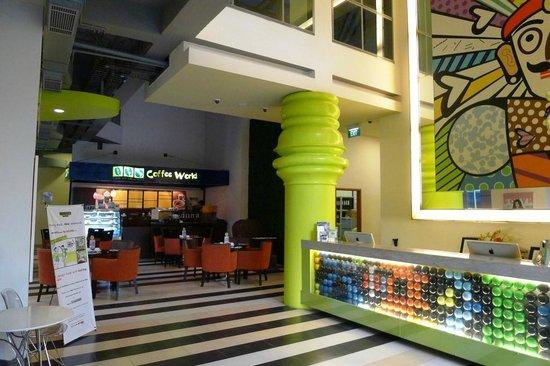 MaxOneHotels at Sabang:                   coffee shop
