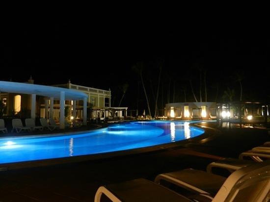 Hotel Riu Palace Bavaro:                   piscine