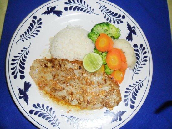 Best Western Posada Chahue: garlic steak