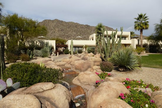 JW Marriott Scottsdale Camelback Inn Resort & Spa:                   Grounds of Camelback Inn