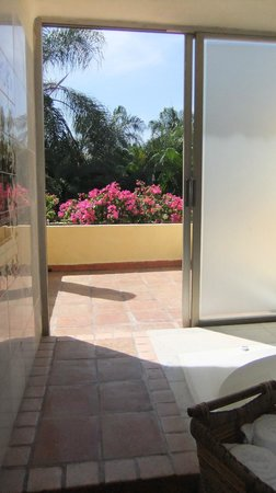 Casa Velas:                   Private patio area