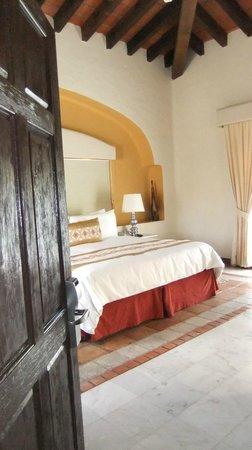 كازا فيلاز لاكشري بوتيك للبالغين فقط - شامل جميع الخدمات:                   Our bedroom                 