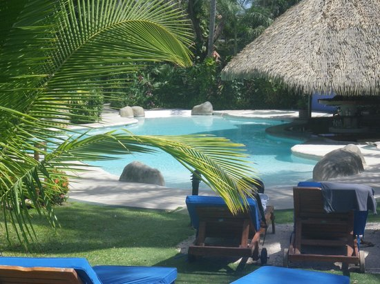 Bahia del Sol Beach Front Boutique Hotel:                   The Pool