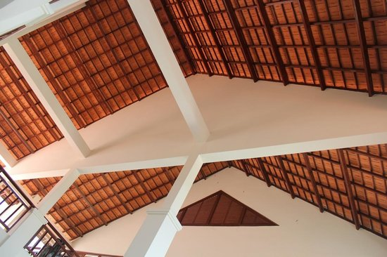Blue Ocean Resort:                   The ceiling of the reception area