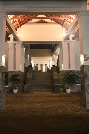 Blue Ocean Resort:                   Entrance