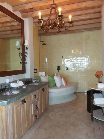 The Resort at Pedregal:                   bathroom