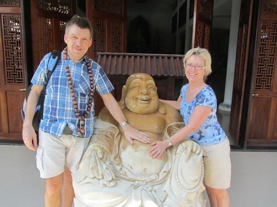 Botanic Garden Homestay:                                     john og Inge i vietnam