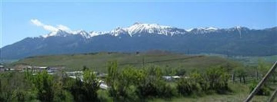 Log House RV Park & Campground: View of Wallow Mountains from the campground.