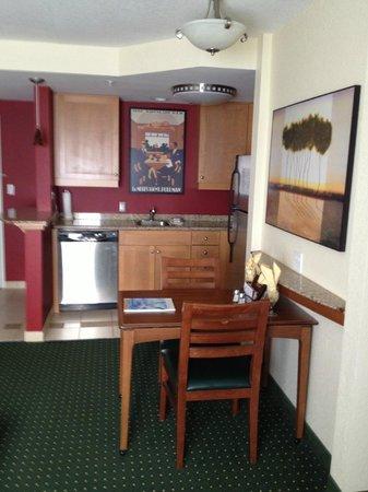 Residence Inn Daytona Beach Speedway/Airport:                   Kitchen