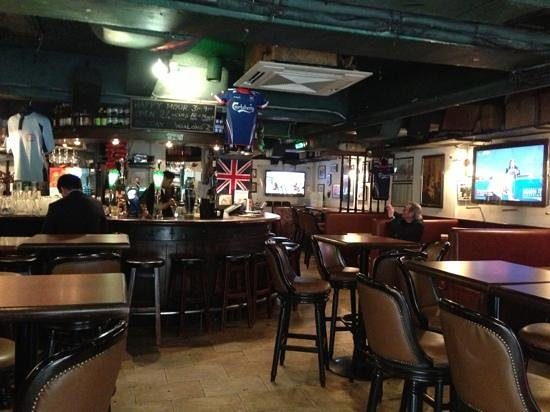 old china hand hong kong wan chai causeway bay restaurant reviews phone number photos. Black Bedroom Furniture Sets. Home Design Ideas