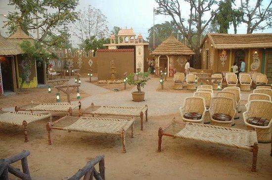 Shri Thaal Village Restaurant