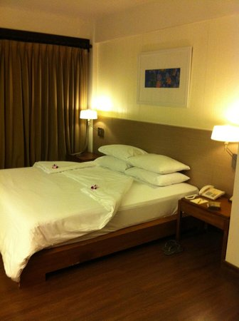 Banthai Beach Resort & Spa :                   Our room