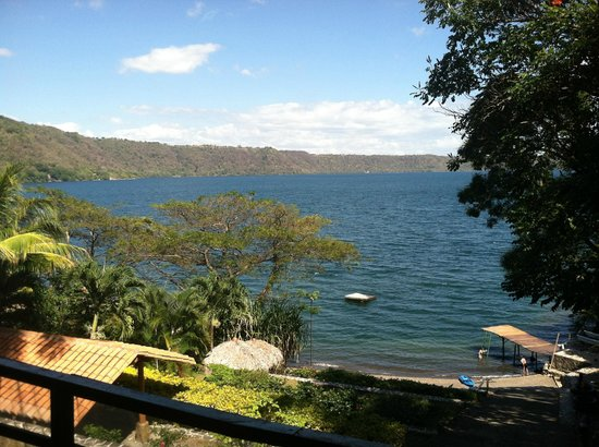 La Laguna de Apoyo, Никарагуа:                   From the porch at The Monkey Hut