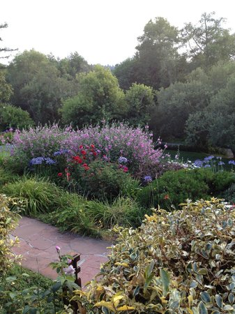Point Reyes Seashore Lodge:                   Gardens
