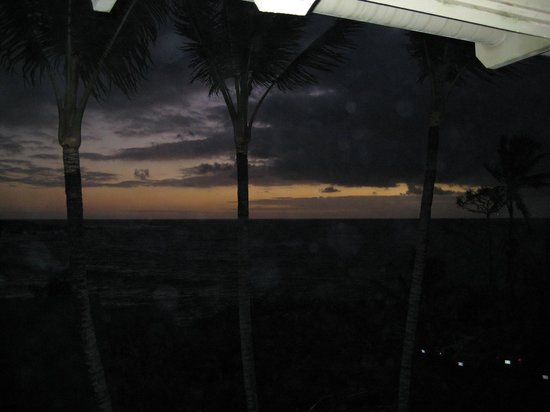 Hana Kai Maui:                   sunrise view from room 205's lanai