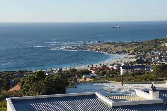 Atlanticview Cape Town Boutique Hotel:                   One of the many stunning views from Atlanticview