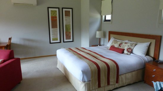 Hermitage Lodge:                   Spacious and comfortable Studio room