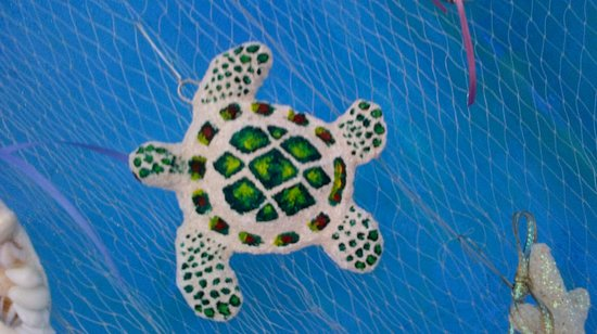 Belizean Melody Art Gallery: Hand made turtle ornament