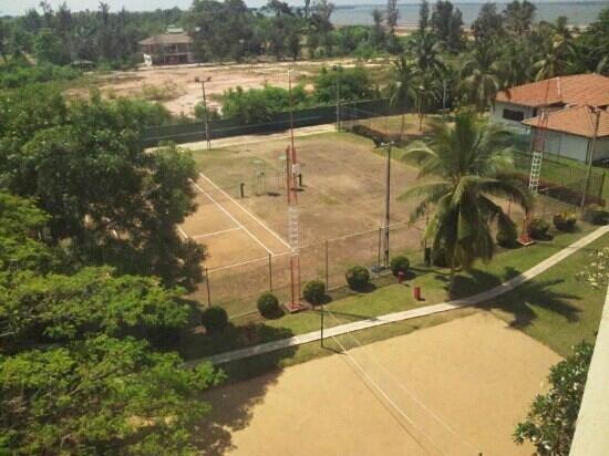 The Gateway Hotel Airport Garden Colombo:                   Tennisanlage