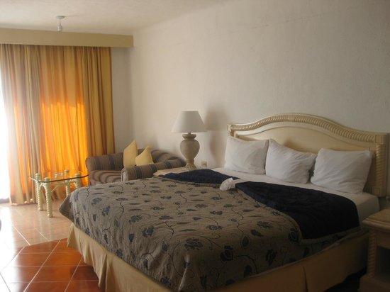 Friendly Vallarta All Inclusive Family Resort:                   Room 4102
