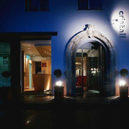 Hotel Cristall: Aussen Ansicht