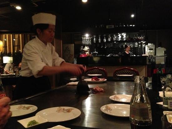 Teppanyaki Nippon :                   preparing out first order