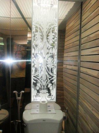 โรงแรมเลดี ฮิลล์:                   bathroom