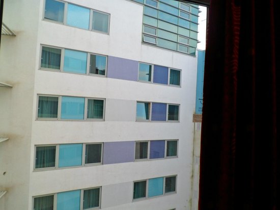 Jurys Inn Plymouth:                   Not the best view