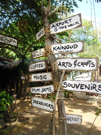 Kaingud Arts and Crafts : signs