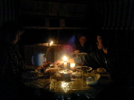 إستيت ريزيدنسي: candle night dinner