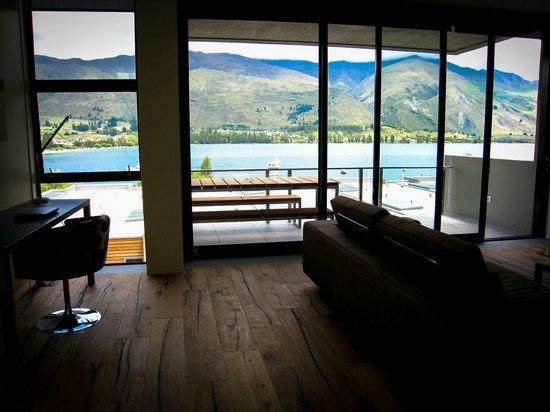 Lakeshore Springs:                                     Lake Wanaka view from top floor Living area