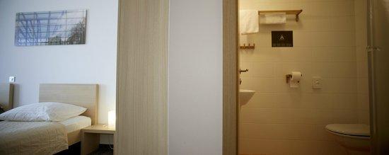 Ahotel Hotel Ljubljana: Room