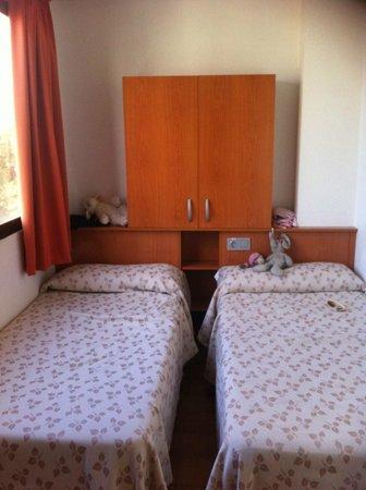 Apartamentos Levante Club:                   Bedroom 2