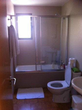 Apartamentos Levante Club:                   bathroom