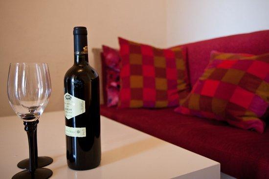 Villa Vilina Oasis in Neve Tzedek : Feeling Romantic is never enough