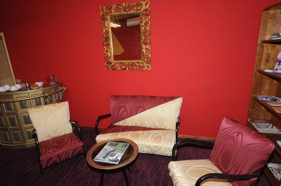 Corte dei Medici: livingroom