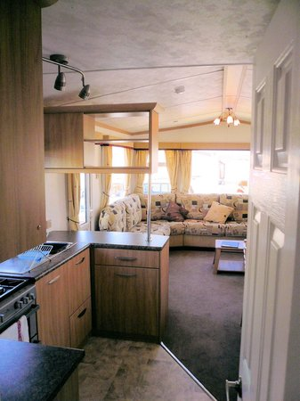 Hilltop Holiday Park: living area