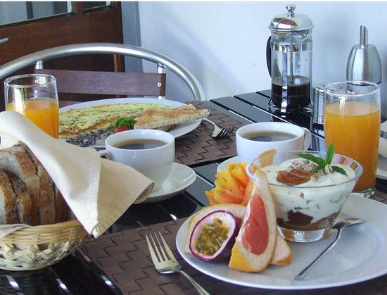 Swellendam Country Lodge : generous breakfast