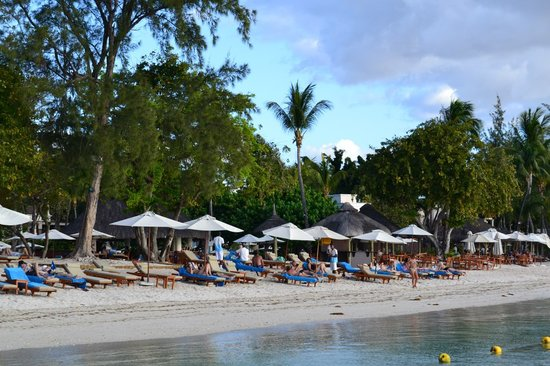 Hilton Mauritius Resort & Spa:                   Plage de l'hotel vue du ponton