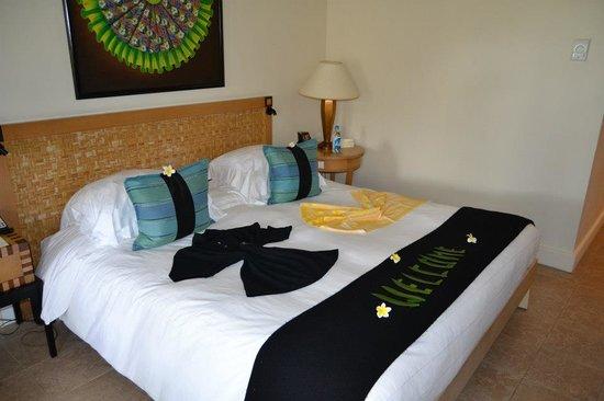 Hilton Mauritius Resort & Spa:                   lit à notre arrivée avec les cadeaux de bienvenue