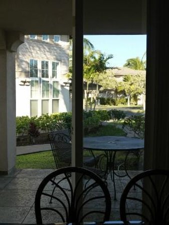 Aston Waikoloa Colony Villas:                   ダイニングからの光景