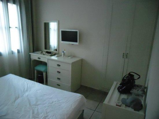 Bodrum Park Resort: chambre en bungalow : partie double lit