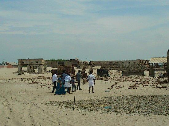 Dhanushkodi Beach:                   The Ghost village of Dhanushkodi
