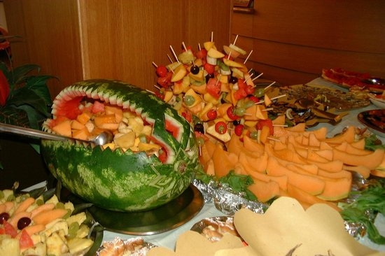 Hotel Kadett:                                     Decorazione buffet