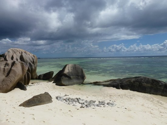 Indigo Seychelles Boat Charter and Excursions Day Tours:                   la Digue