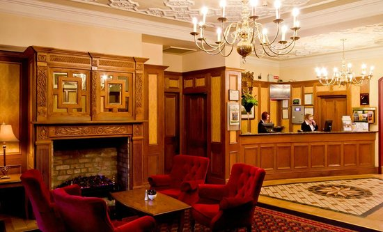 Newgrange Hotel: Reception